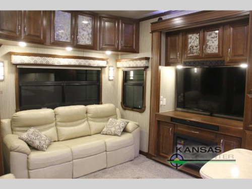 Mobile Suites Aire Fifth Wheel Living Room